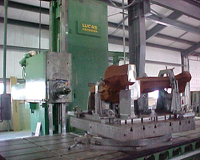 Lucas 40T horizontal boring mill close-up